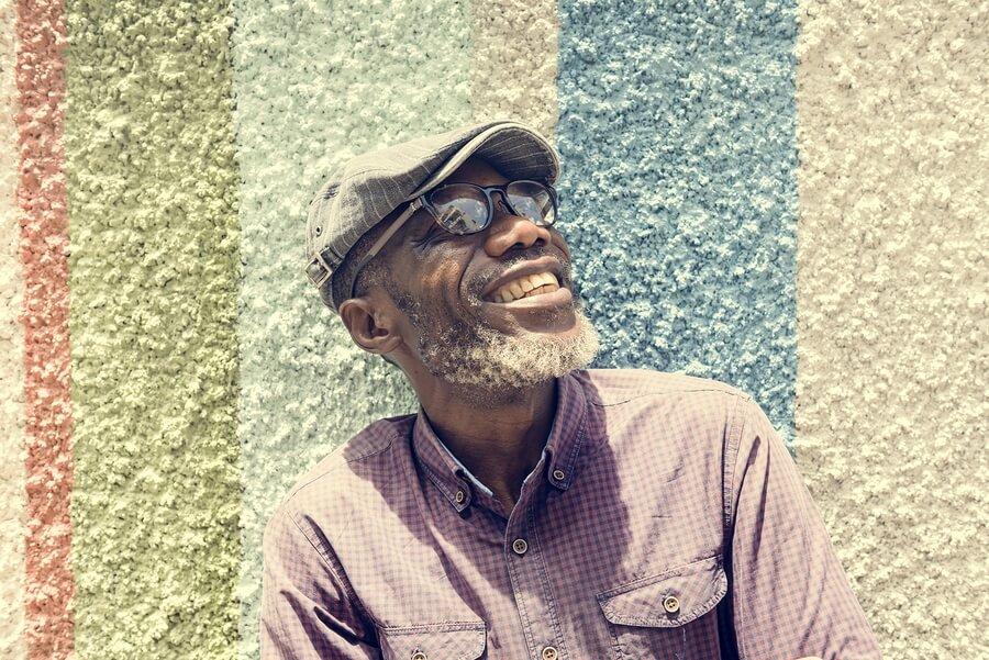 bigstock-African-Man-Smiling-Lifestyle--152578526